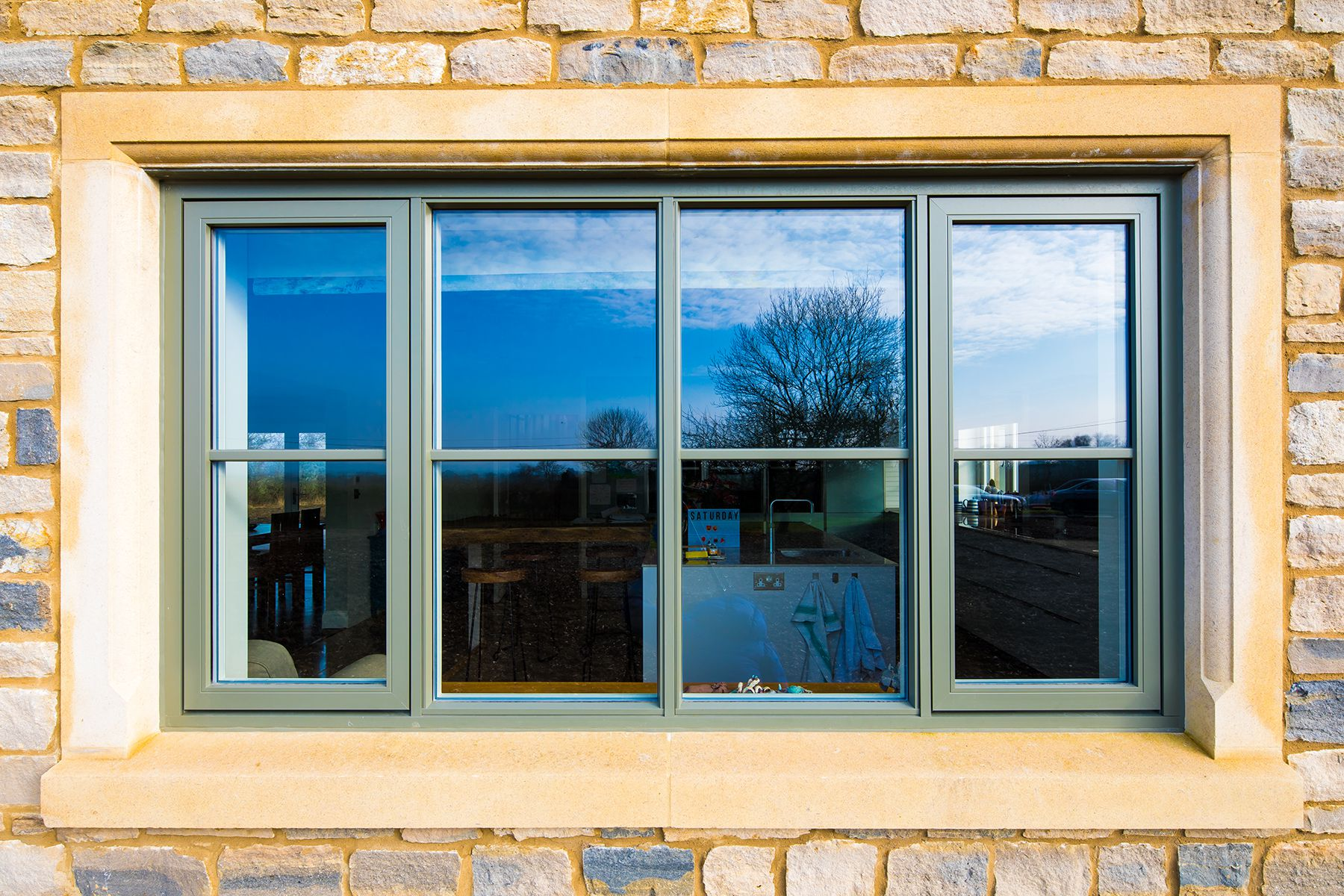 composite flush sash withdow with astrical bar