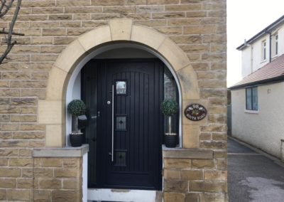 anthracite grey fiberglass triple glazed composite door with sidescreens
