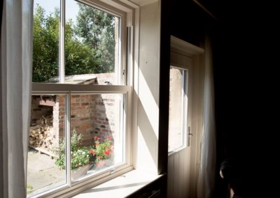 vertical sliding sash window 1